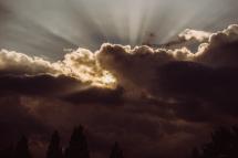 edge-80-heaven-rays